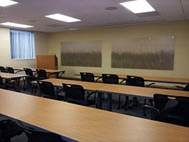 Hollywood East Section 8 Hud Apartments Meeting Room Interior